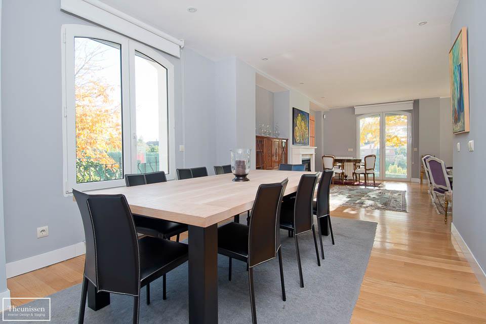 Estilismo inmobiliario de una casa de lujo amueblada situada en una zona prime de Las Rozas en Madrid