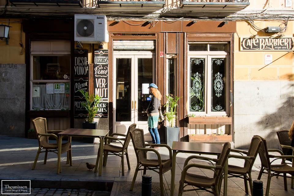 Reportaje fotográfico de los exteriores de un un piso de alquiler turístico en Madrid
