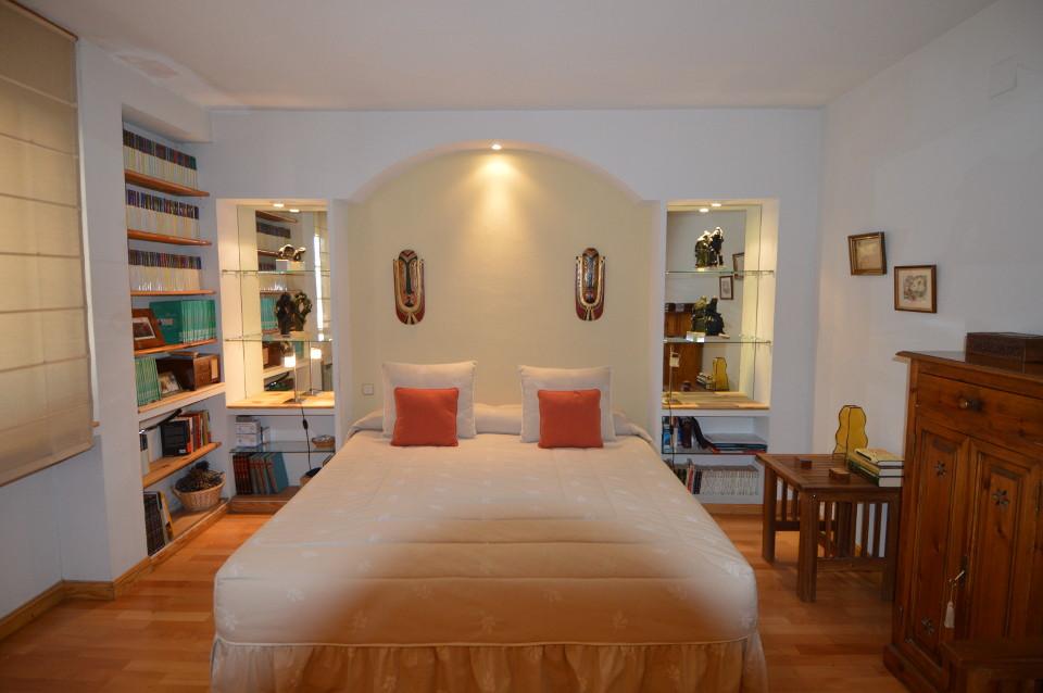 Home-Staging-chalet-habitado-alto-standing-Majadahonda-Madrid-Dormitorio doble antes