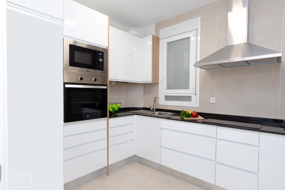 cocina-blanca-moderna-madrid_marked