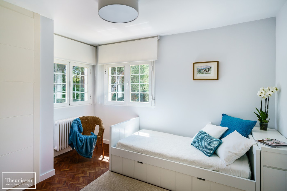 dormitorio_blanco_azul_home_staging_madrid