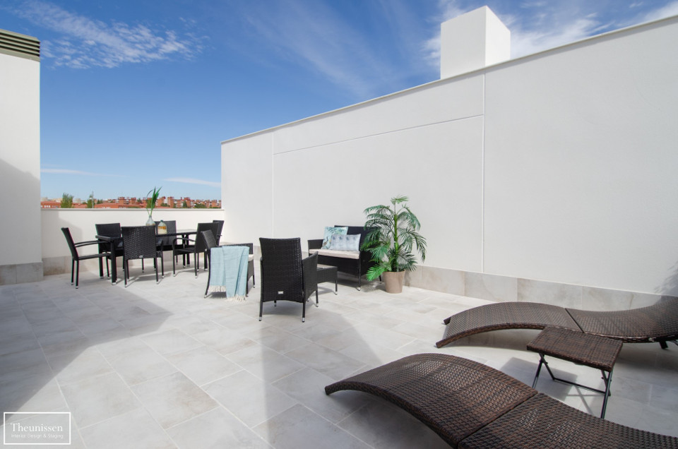 home-staging-terraza-con-muebles-alquiler