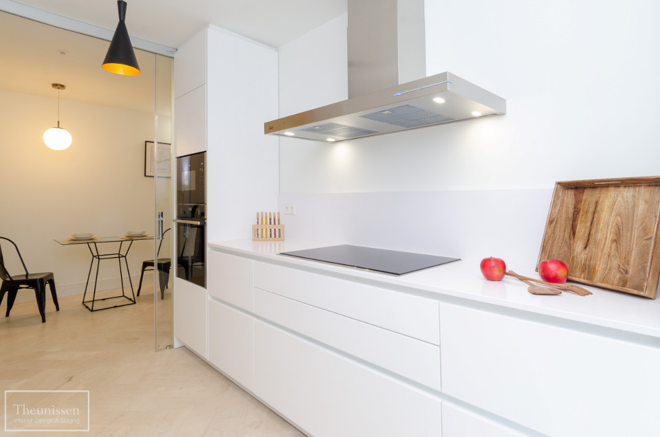 home_staging_cocina_piso_de_lujo