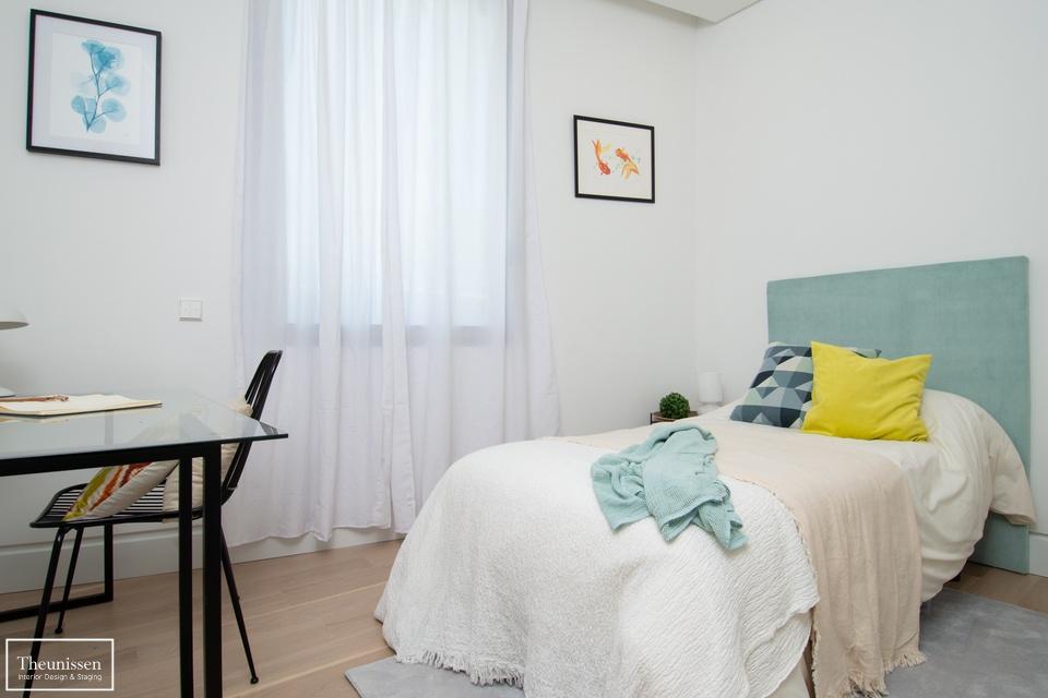 home staging dormitorio juvenil piso piloto